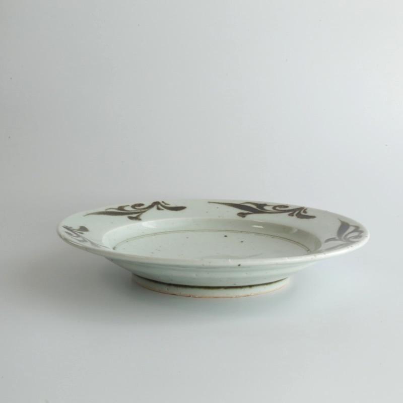 砥部焼・中田窯 鉄絵7寸リム皿