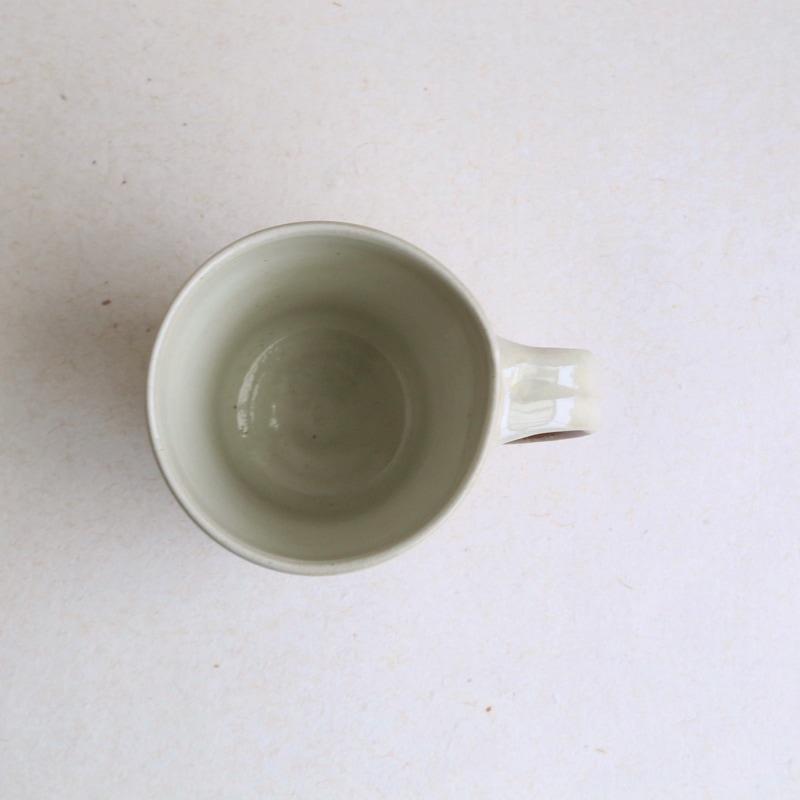 出西窯・白素焼きマグカップ