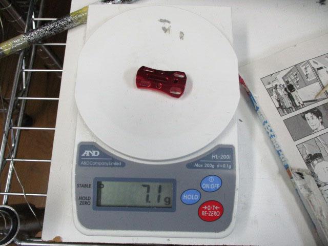 2個 肉抜き 赤レッド パワーハンドルノブ 雷魚かごジギング シマノ/ダイワ向け 汎用4mmタイプ ニクヌキ