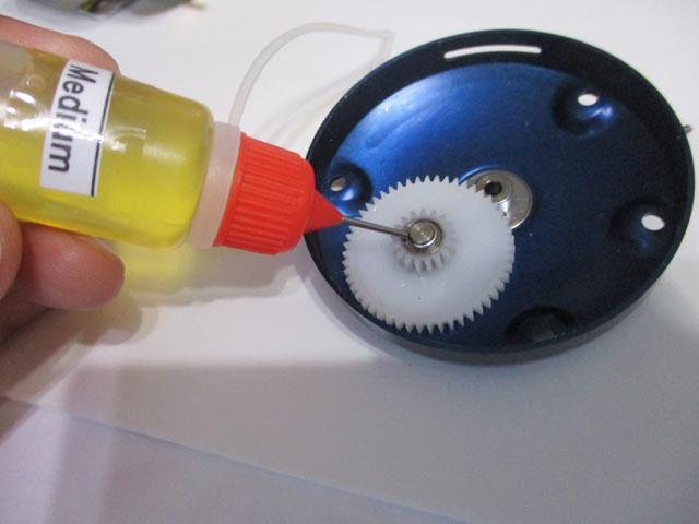 ドロッパー ボトル [白] ニードル オイル ディスペンサー 容器 10ml ダイワ/シマノ/アブ向け OHに!