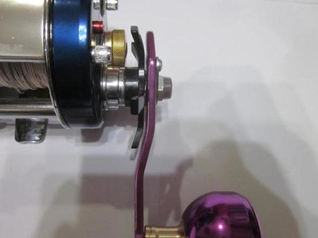 2穴紫紫 エルゴ アブ/ダイワ/シマノ(M7の場合:アダプタ必要)向け パワーハンドル [ナット別売]