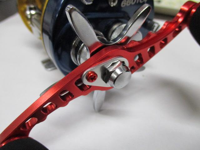 [赤4本][M2.5-4mm-P0.45]リテーナー用ビス アルミアルマイトカラー品 ダイワ/シマノ
