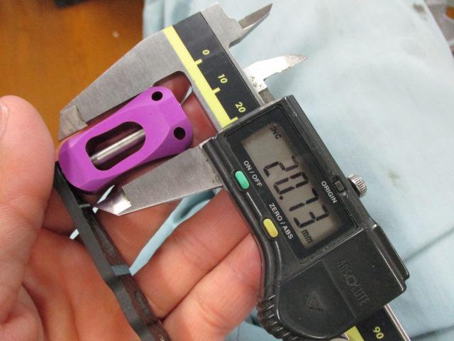 カーボンストレートショート紫80mm アブ/ダイワ/シマノ(M7の場合:アダプタ必要)向け カスタムパワーハンドル [ナット別売]