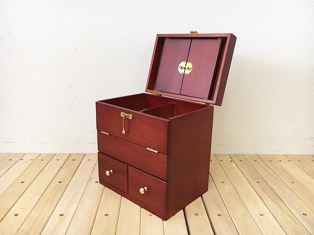 よく売れてます!小さな鏡台 三面鏡付きのメイクボックス◆コスメ収納 プレゼントに人気です