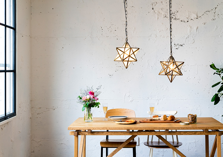 星のペンダントライト 1灯 エトワール[ETOILE] |照明 インテリア おしゃれ 北欧 インテリア 食卓 ダイニング 玄関 寝室 ガラス アンティーク ランプ かわいい 通販 電気 ライト ベッドルーム 天井照明 照明器具 スター 星型 ディクラッセ DI CLASSE