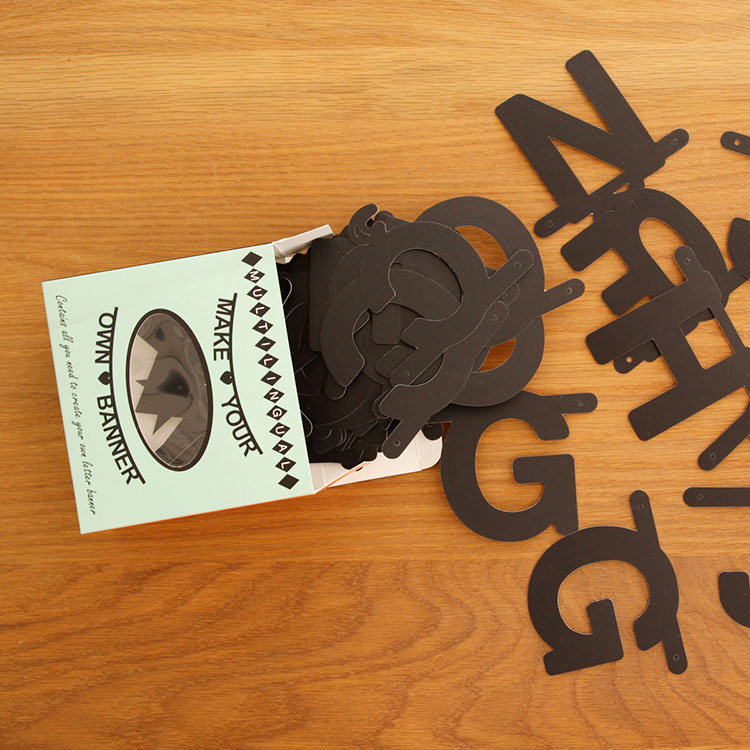 ガーランド OMM-design ワードバナー ブラック【レターバナー 飾り付け パーティー happy birthday モノトーン 誕生日 結婚式