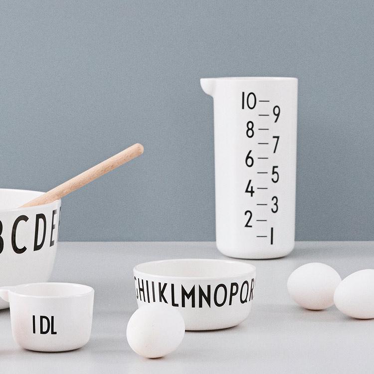 メジャリングジャグ 1L デザインレターズ DESIGN LETTERS 1リットル 1000ml 計量カップ キッチン雑貨 キッチンツール 調理用品