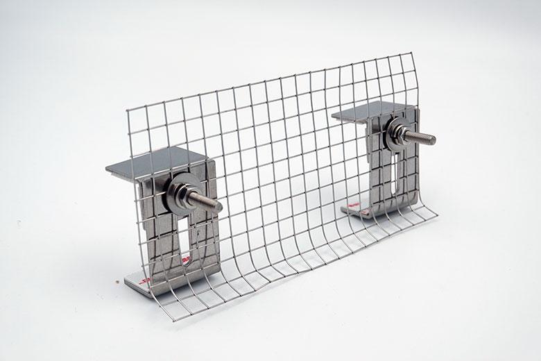 太陽光パネル鳥害対策 バードブロッカー スライド金具 [屋外用強力両面テープ付]