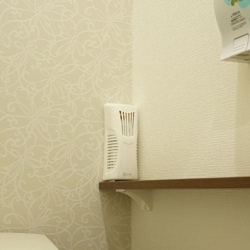 消臭剤 芳香剤 除菌剤 忌避剤用 送風機 オートファンディスペンサー EL×2台