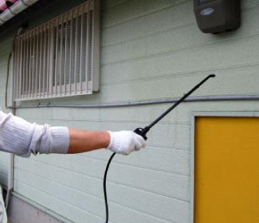 ゴキブリ駆除 殺虫剤 ゴキラート5FL 「SES」2kg + 蓄圧式噴霧器 4L セット 【防除用医薬部外品】 殺虫剤 チャバネゴキブリ クロゴキブリ対策