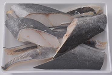 特大銀鮭カマ尾肉漬け【塩こうじ】8切