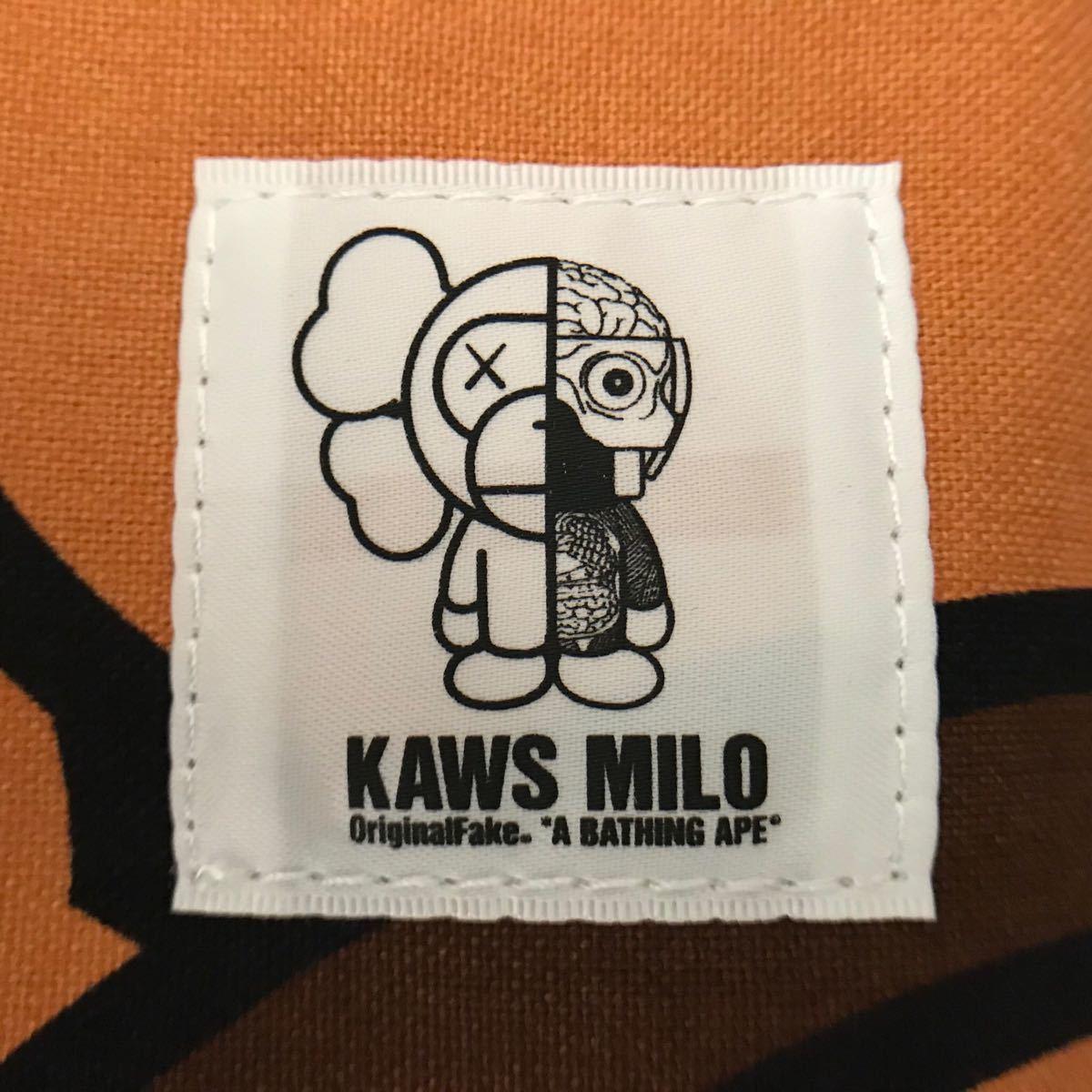 ★新品★ kaws milo 大型 トートバッグ a bathing ape bape カウズ マイロ ベイプ アベイシングエイプ original fake オリジナルフェイク