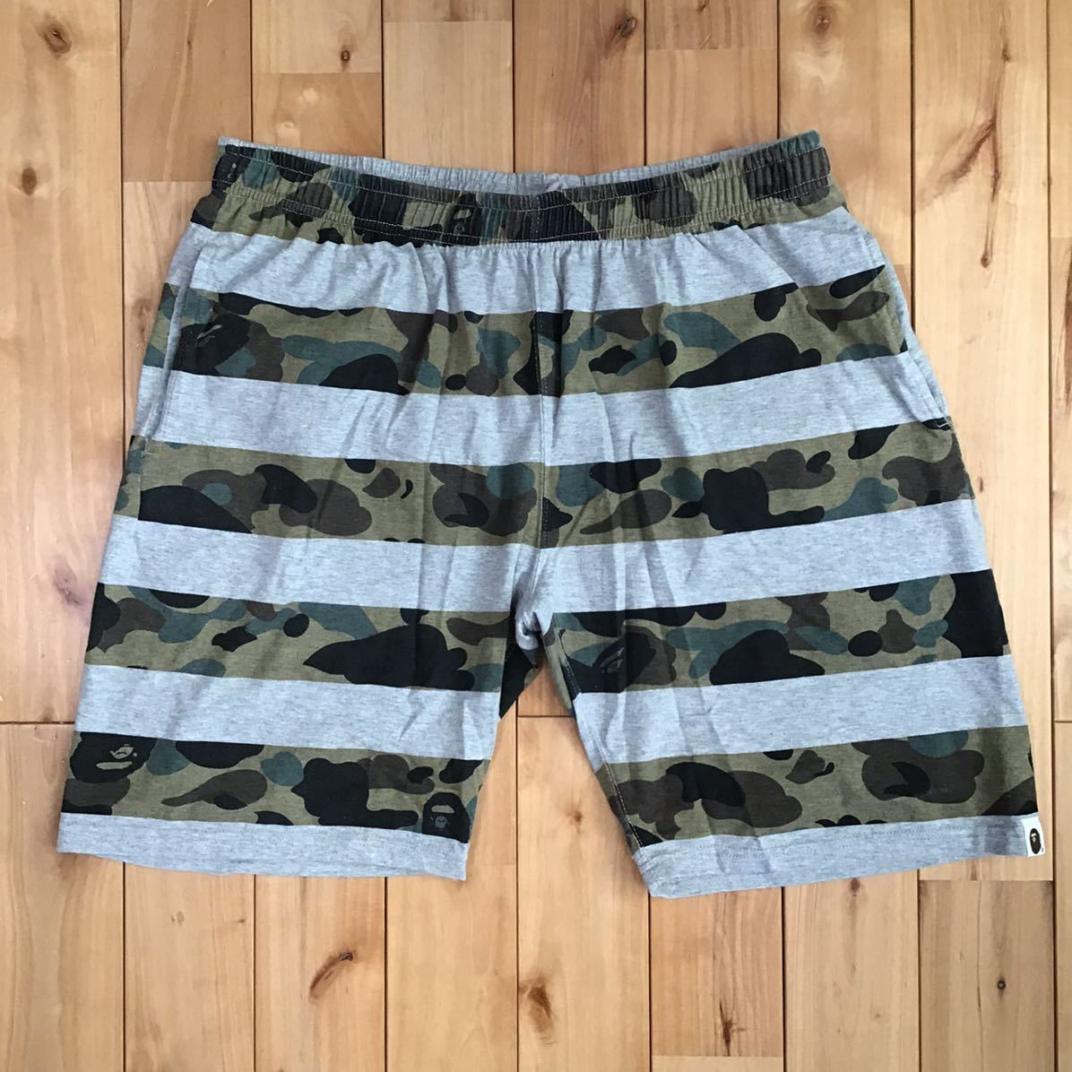 1st camo ボーダー スウェット ハーフパンツ Lサイズ a bathing ape bape エイプ ベイプ アベイシングエイプ ショーツ shorts pants 迷彩