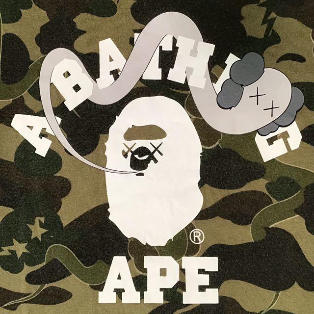★激レア★ kaws × bape カレッジロゴ レディース Tシャツ shortサイズ a bathing ape カウズ エイプ ベイプ ladies 1st camo bendy 235