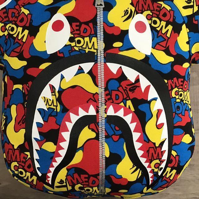 ★新品★ BE@RBRICK × BAPE camo シャーク クッション a bathing ape shark cushion エイプ ベイプ ベアブリック medicomtoy