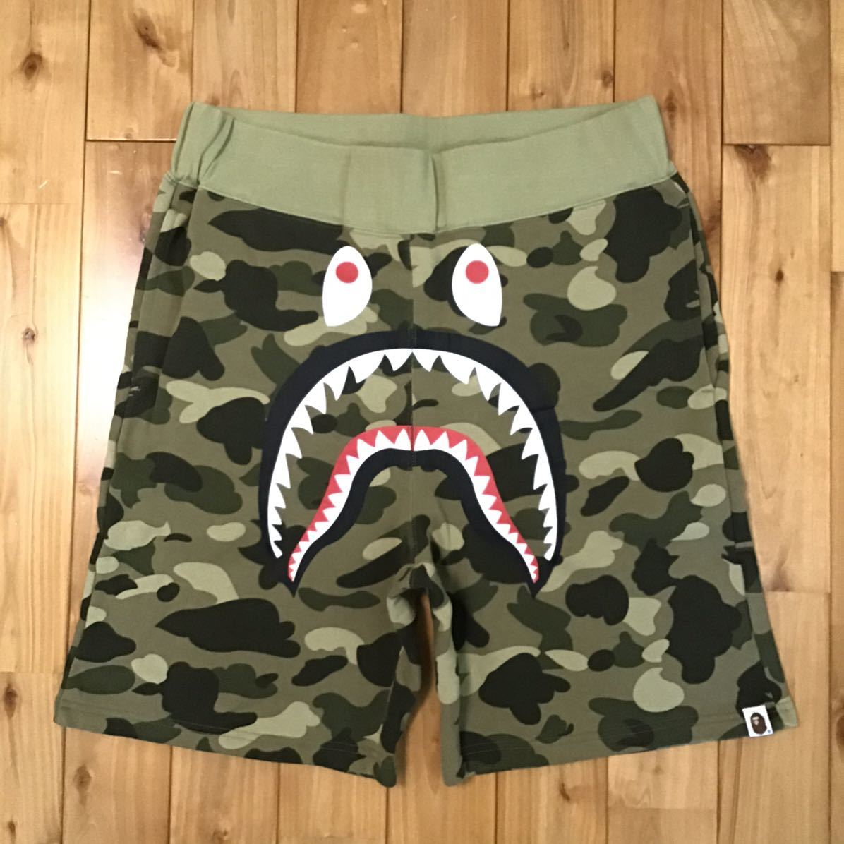 beige camo シャーク ハーフパンツ Lサイズ a bathing ape BAPE shark shorts ショーツ エイプ ベイプ アベイシングエイプ 迷彩 md98
