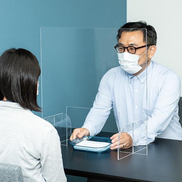 【即納】クリアパーテーション 窓付き W600│コロナ対策・飛沫感染予防に