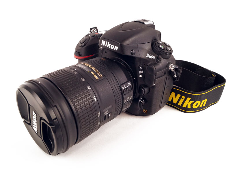 NIKON【ニコン】デジタル一眼レフカメラD800 28-300レンズキット AF-S 28-300mm付属 D800LK28-300 シャッター回数207回【中古】F68-2891 USED-SA かんてい局本社