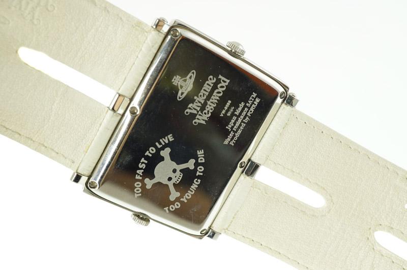 V.WESTWOOD【ヴィヴィアン・ウエストウッド】VW-8038 『2タイムゾーン クオーツ』ケース:SS(ステンレススチール)ブレス:レザー 電池式 50m防水 レディース ウォッチ 腕時計 ドクロ ハート 個性的 ファッション 【中古】USED-AB【7】k19-8293 質屋 かんてい
