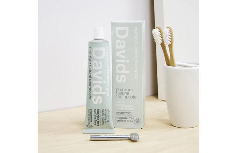 送料無料【Davids】ディヴィッズホワイトニングペースト<ペパーミント>