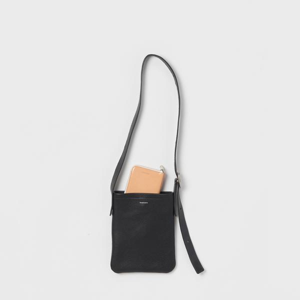 エンダースキーマ one side belt bag small -black-