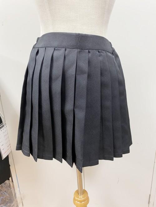 オリジナル 黒 プリーツスカート【アシスト】