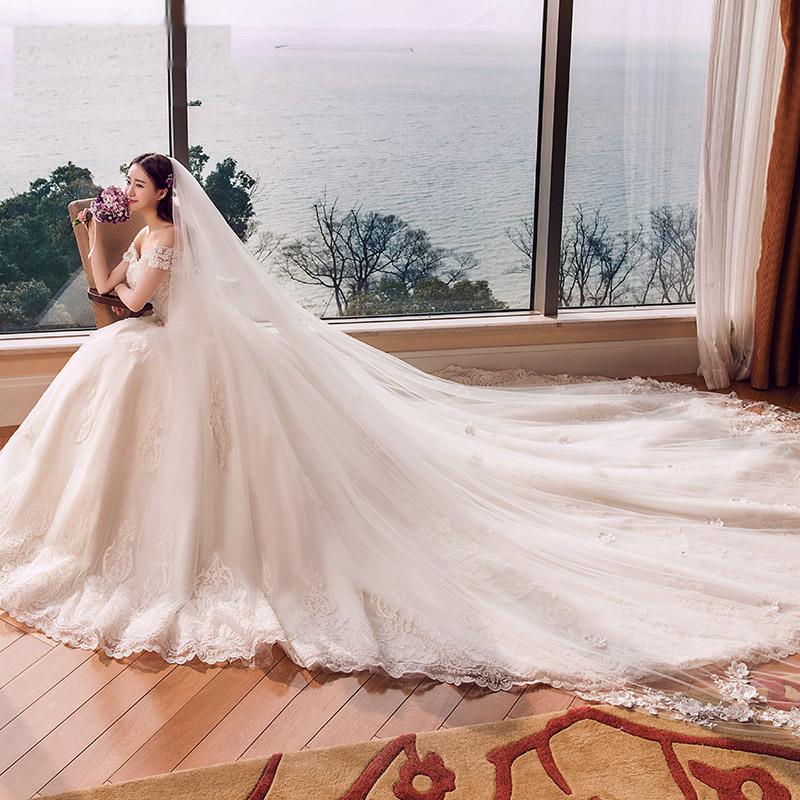 MH1704 ロングトレーン ウエディングドレス PhotoWedding レストランウェディング ブーケトスに