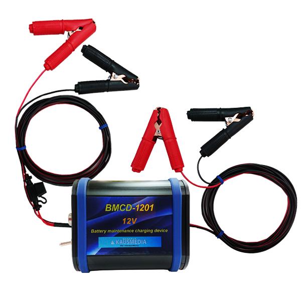 バッテリー充電器 ドライブレコーダーなどによって低電圧になったバッテリーに充電する BMCD