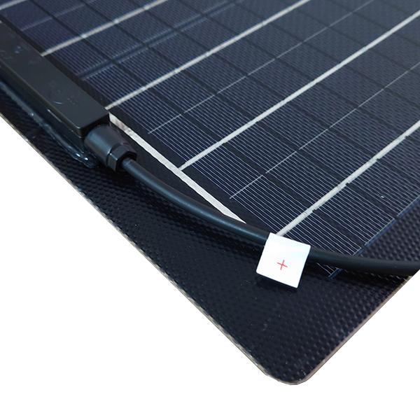 薄型 軽量 セミフレキシブル 36V 20W単結晶ソーラーパネル 1枚で24Vバッテリー対応