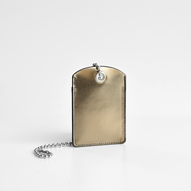 【チェーン付きカードケース】gold