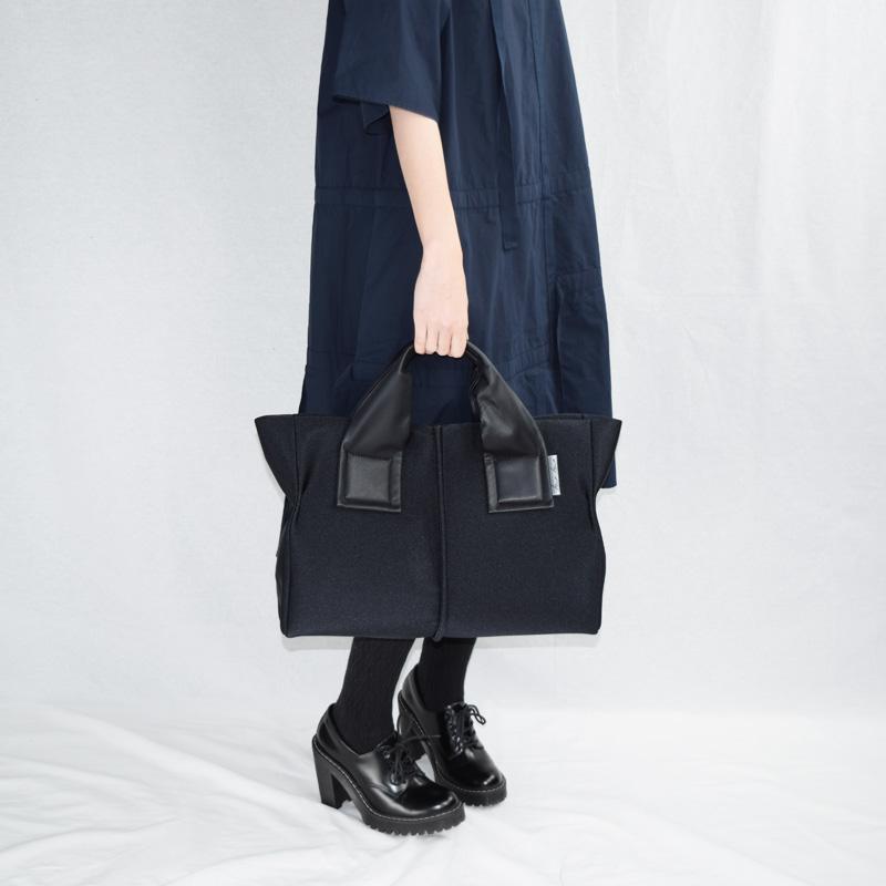 【wet】トートバッグM ※(BK)11月初旬再入荷!
