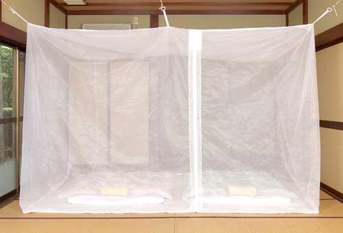 洗えるムカデ対策用大蚊帳 ポリエステル 白 4.5畳