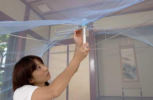 洗える折りたたみ式大人用蚊帳 白