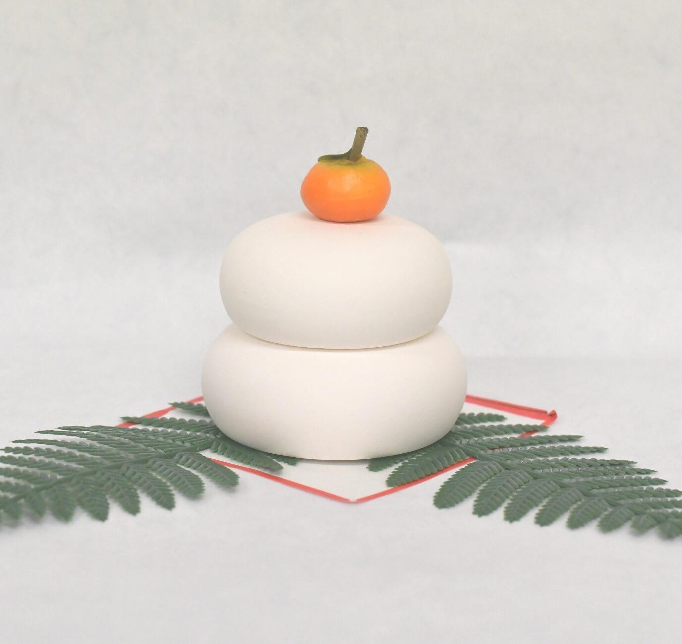 小さくて可愛い 鏡餅 毎年飾れる 極小タイプ 木曽桧遠山付