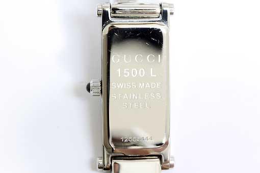 A524-19n0064【GUCCI(グッチ)】1500L 黒文字盤 1Pダイヤ 電池交換済み