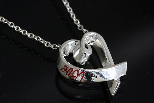 A551-20n0169-2【TIFFANY&CO.】ラビングハートネックレス レッドエナメル