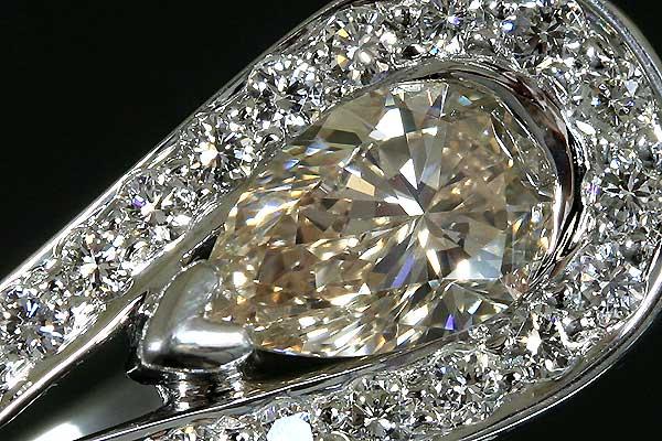 kn-5【ブラウンペアシェープ】ダイヤモンドK18WGリング