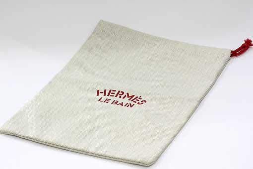 A526-19n0094【HERMES(エルメス) 】LE BAIN 赤巾着 展示品
