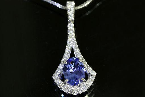 A542-20n0064【タンザナイト&ダイヤモンド】K14WGペンダントネックレス