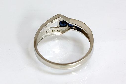 F70-20t0013-4【サファイア&ダイヤモンド】Pt900リング