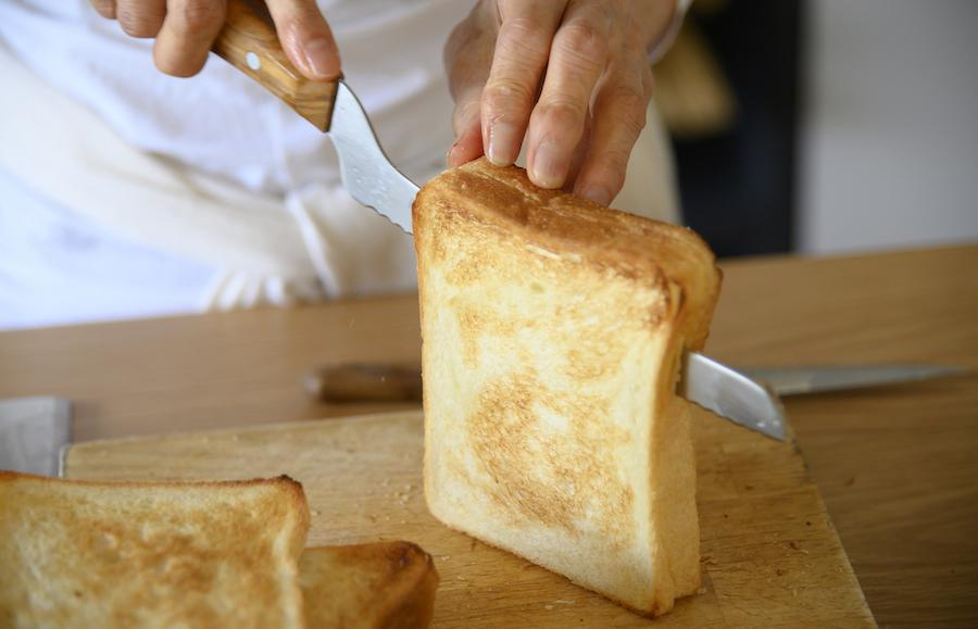ラバーゼ パン切り包丁<br>185mm