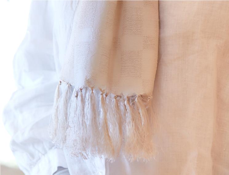 スカーフ 無地 草木染 灰桜
