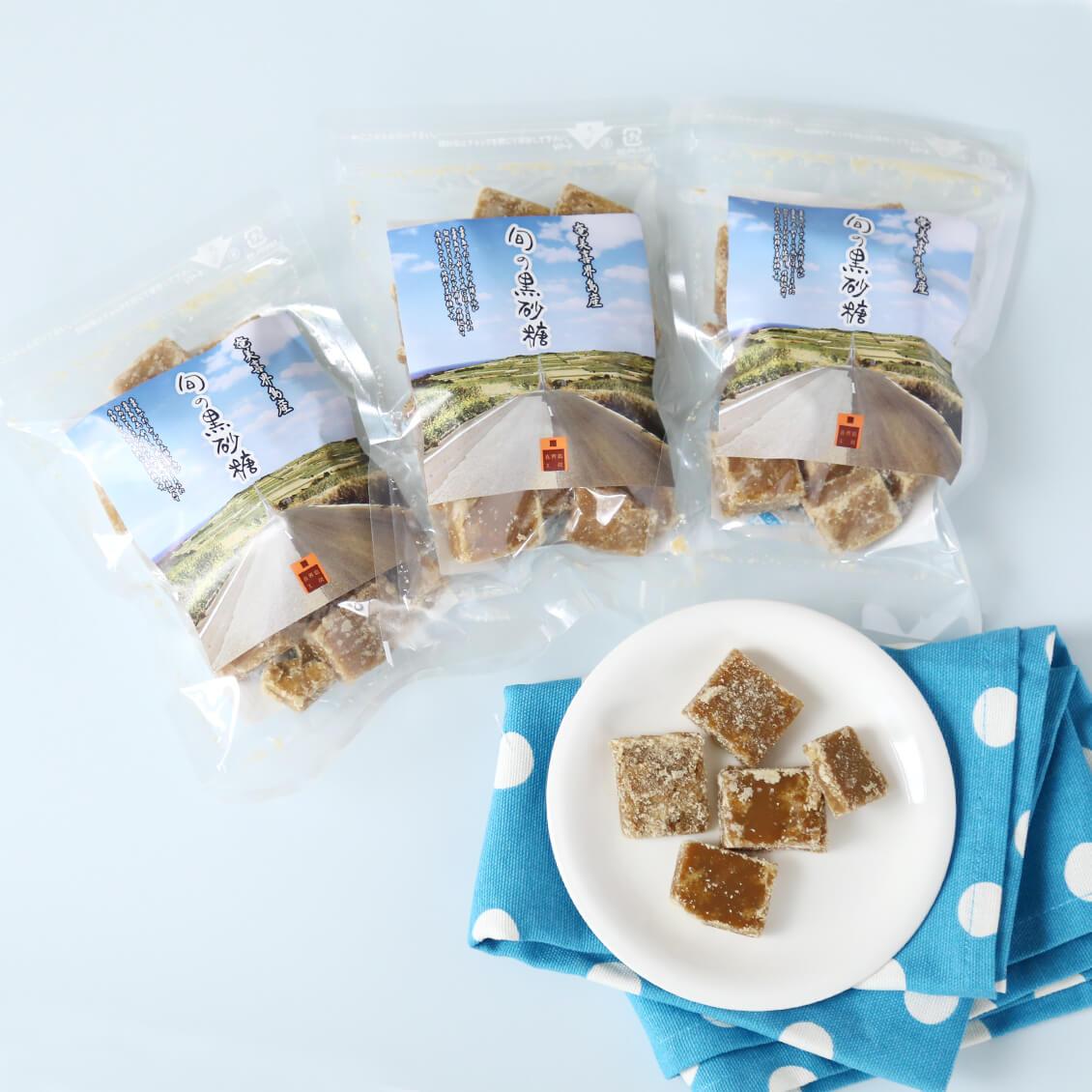 喜界島白ごまと杉俣絋二朗さんの旬の黒砂糖セット 白ごま 50g3袋 黒砂糖 130g3袋
