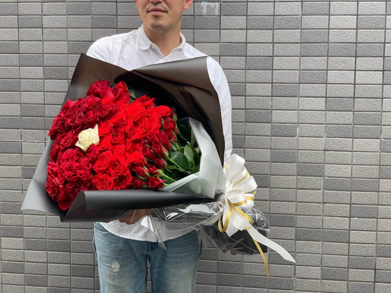 【B-2002】100本バラの花束