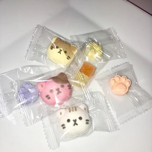 和風ラムネと金平糖・猫