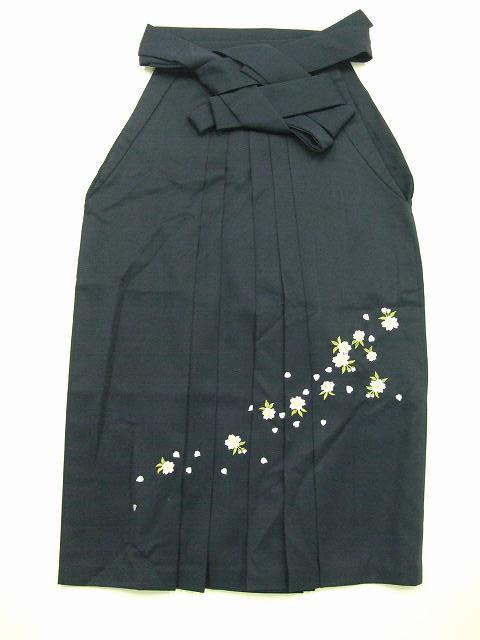 レンタル袴「紺色無地/桜刺繍」往復送料無料・半巾帯セット