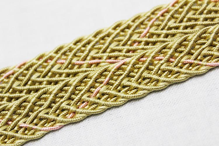 手組紐正絹夏物帯締め「はしばみ色にピンク」