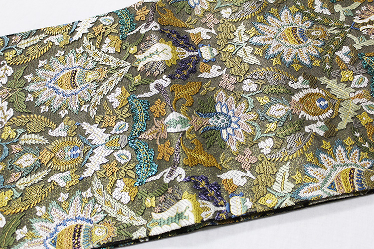 最高級袋帯「平刺繍 総柄唐花華紋」