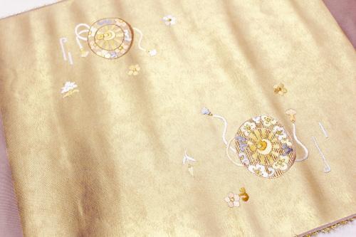 正絹名古屋帯「引箔に源氏車刺繍」