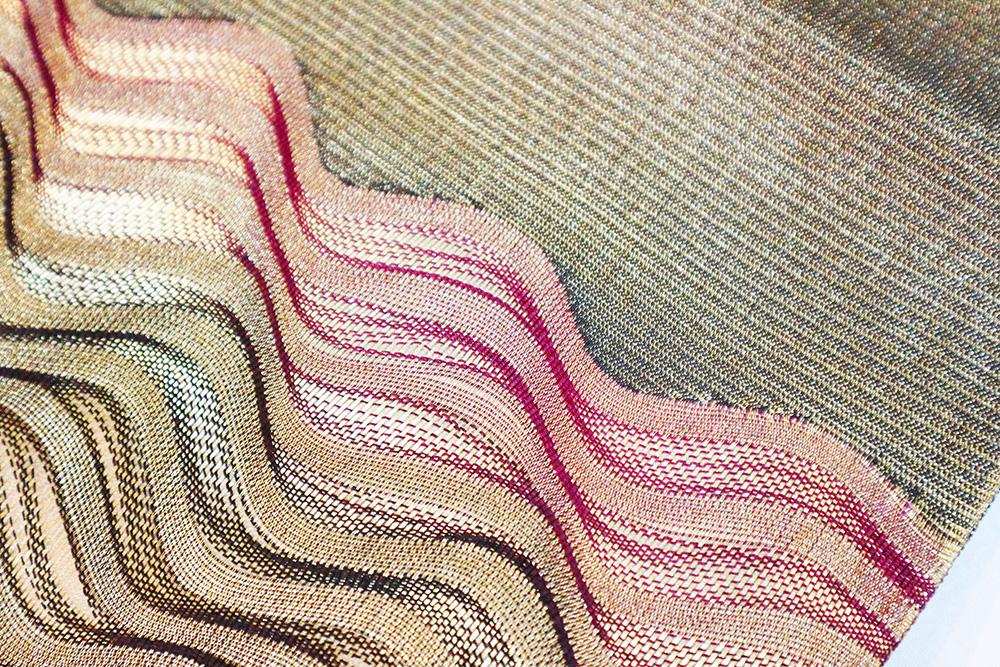 ※厳選仕立上がり商品 正絹袋帯「金糸 波織」